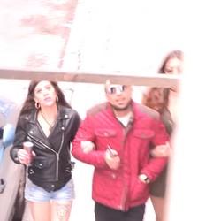 Lily Calipo y Pink Lady, Toda la noche follando y las pillamos en el ascensor haciendo una mamada.