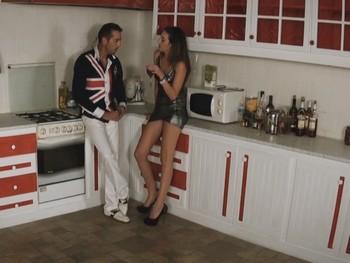 MYHYV Nuevo escándalo en Tele5: Mery pasada de copas le pone los cuernos a su novio.